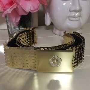 Accessories - NWOT elasticized gold mermaid melt